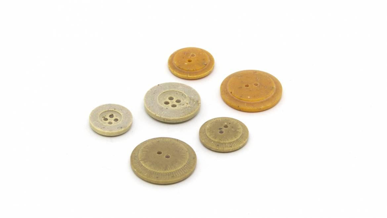Bottoni e accessori in materiali ecosostenibili